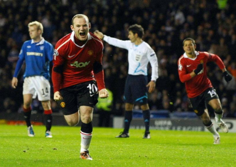 """W.Rooney įmušė įvartį į """"Rangers"""" vartusnuo 11 metrų žymės"""