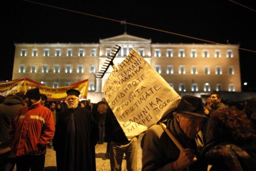 Graikijojoje nesiliauja protestai