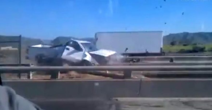 Kalifornijos greitkelyje – šiurpi avarija