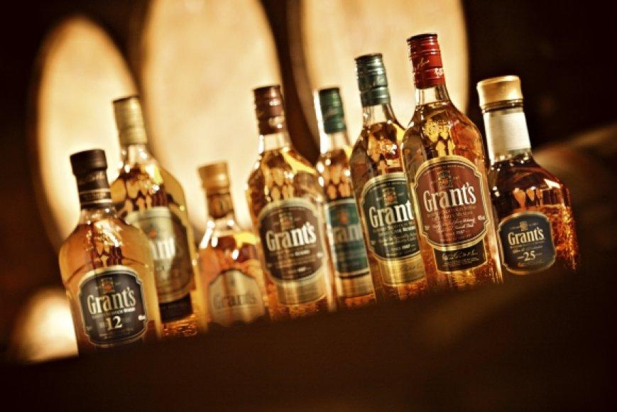"""Škotiškas viskis """"Grant's"""" buvo apdovanotas dviem aukso medaliais"""