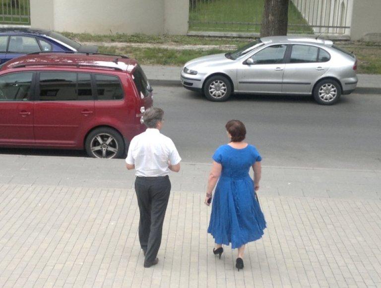 Prezidentė atleido Anželiką Šimaitienę iš Vilniaus miesto 3 apylinkės teismo teisėjos pareigų.