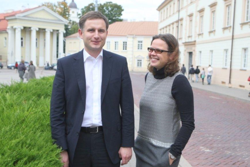 Dr. Vilmantė Pakalniškienė ir dr. Tomas Žalandauskas įsitikinę, kad apie mokslą galima kalbėti ir paprasta, visiems suprantama kalba, parodyti įdomiąsias tyrimų puses.