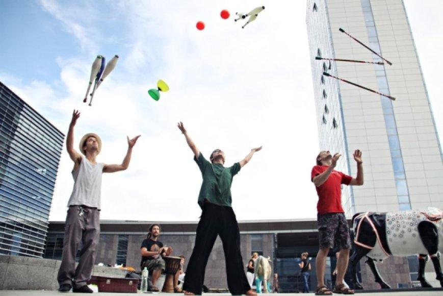 Gatvės žonglieriai