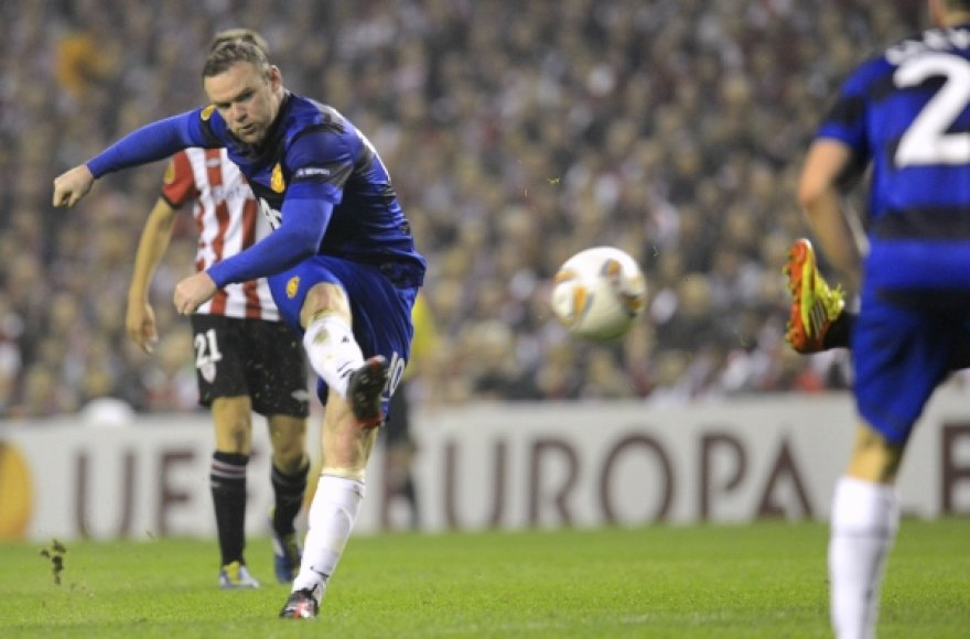 W.Rooney smūgis