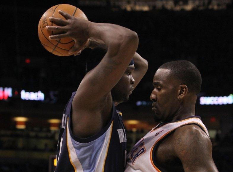 Oklahomos krepšininkams nepavyko sustabdyti Z.Randolpho (su kamuoliu)