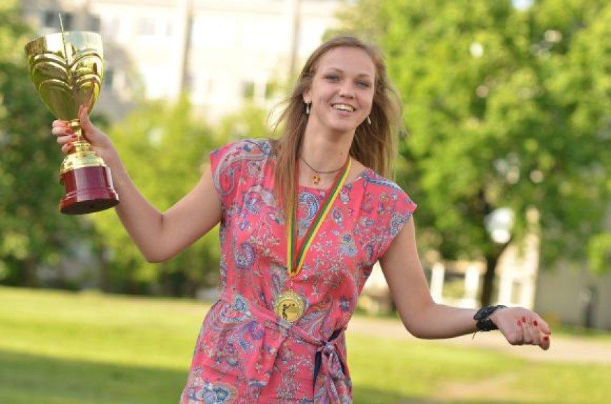 Geriausia 2010-11 m. Lietuvos tinklinio čempionato žaidėja Viltė Makauskaitė