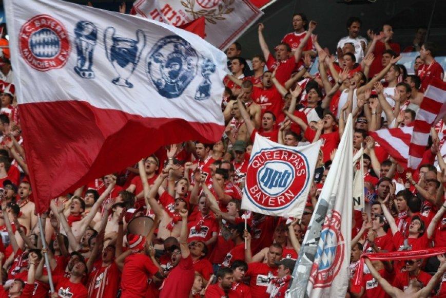 """Miuncheno """"Bayern"""" futbolo sirgaliai"""
