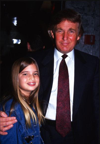 Vida Press nuotr./Donaldas Trumpas su dukra Ivanka Trump (1993 m.)