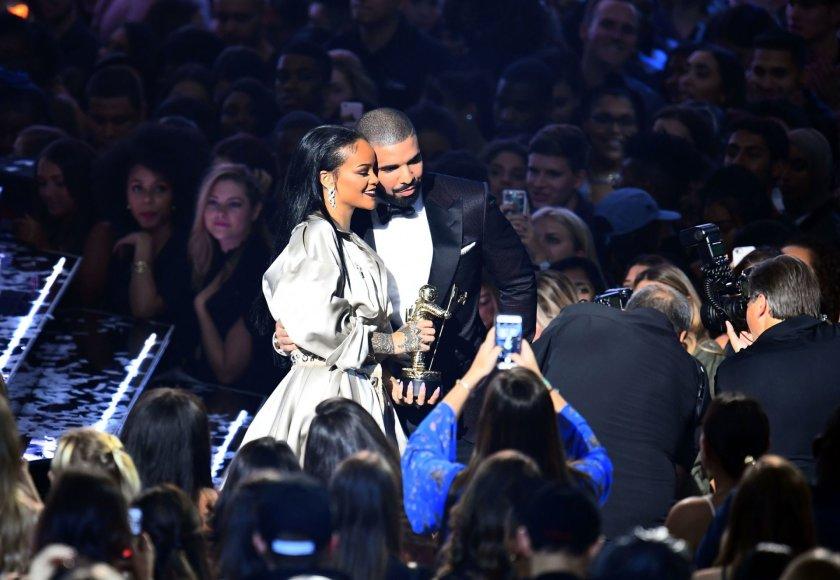 "AFP/""Scanpix"" nuotr./Drake'as ir Rihanna"