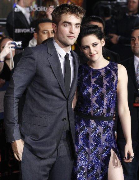 """""""Reuters""""/""""Scanpix"""" nuotr./Robertas Pattinsonas ir Kristen Stewart"""