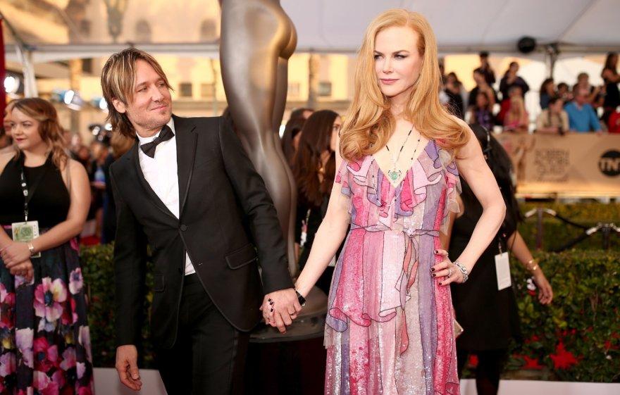 """AFP/""""Scanpix"""" nuotr./Keithas Urbanas ir Nicole Kidman"""