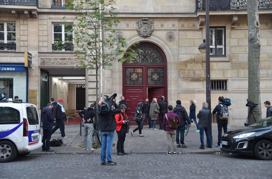 """""""Scanpix""""/""""SIPA"""" nuotr./""""The Ritz Hotel"""" viešbutis Paryžiuje, kuriame buvo apiplėšta Kim Kardashian"""