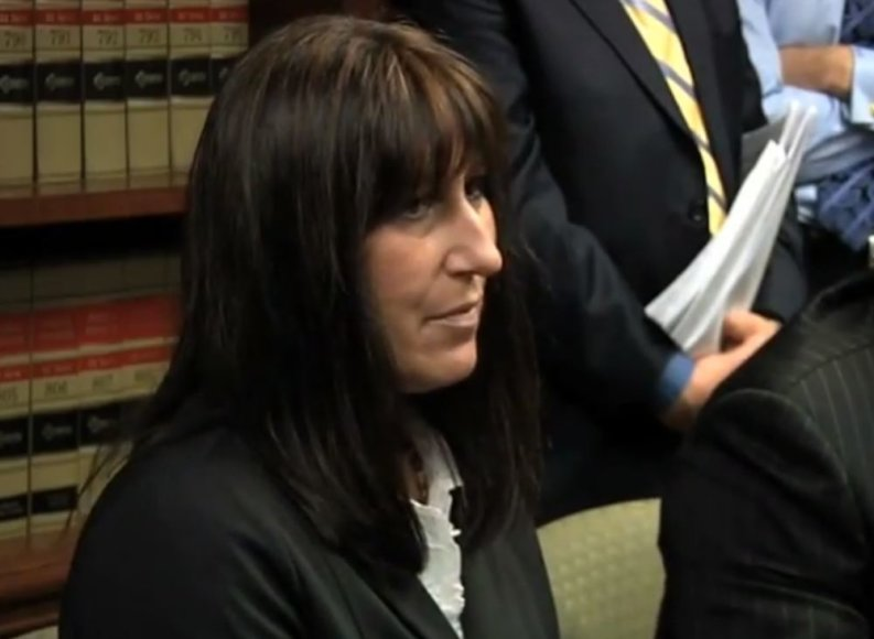 Debbie Stevens savo viršininkei padovanojo inkstą, o po to buvo atleista.