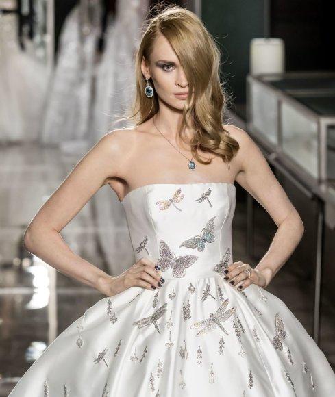 """Vida Press nuotr./""""Reem Acra"""" vestuvinė suknelė, kainuojanti 1,5 mln. eurų"""