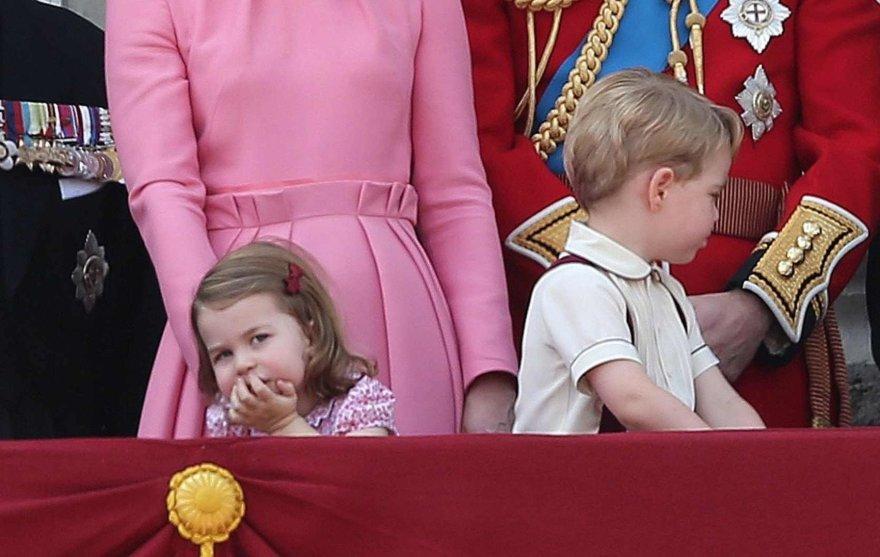 """""""Scanpix"""" nuotr./Princas George'as ir princesė Charlotte"""