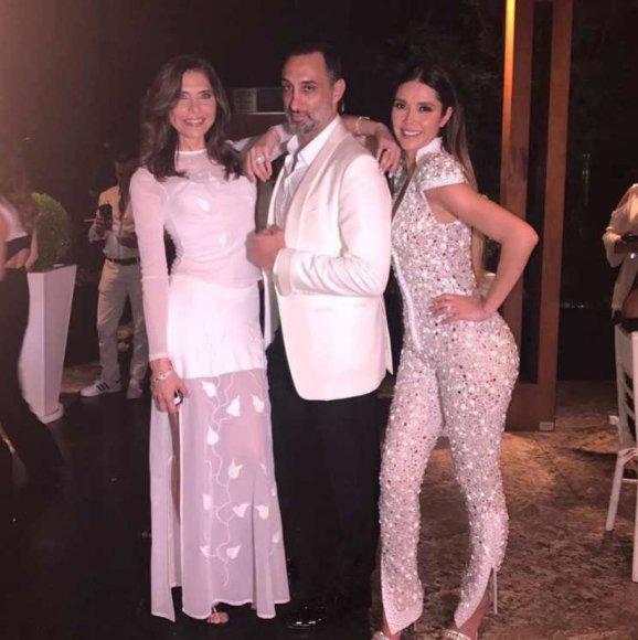 """""""Instagram"""" nuotr./Lorena Meritano, George'as Seely ir Marlene Favela"""