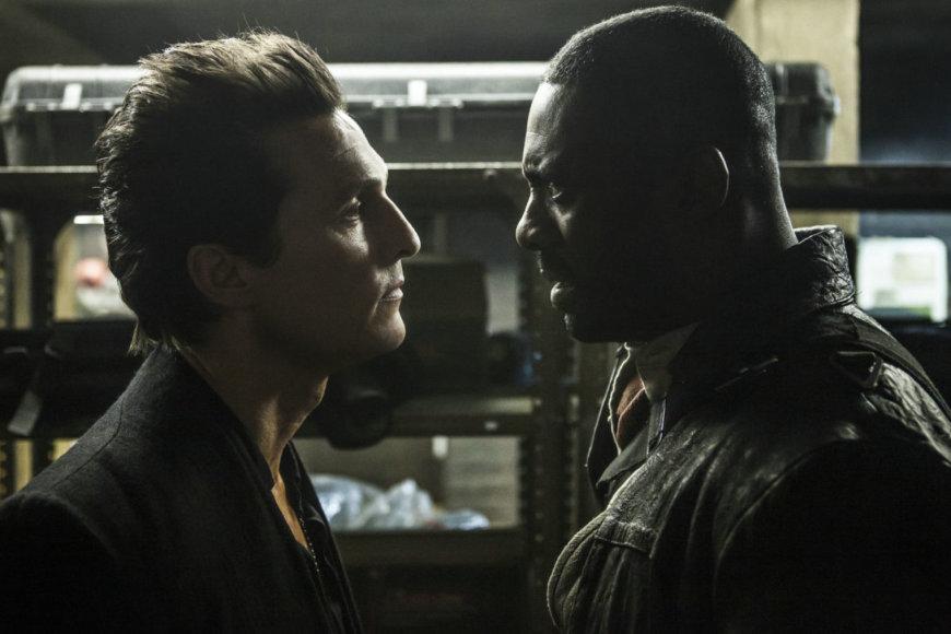 """Kadras iš filmo/Matthew McConaughey ir Idrisas Elba filme """"Tamsusis bokštas"""""""