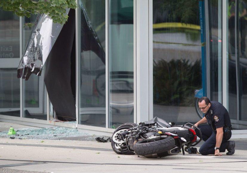 """Vida Press nuotr./Filmuojant kino hito """"Deadpool"""" tęsinį žuvo kaskadininkė"""