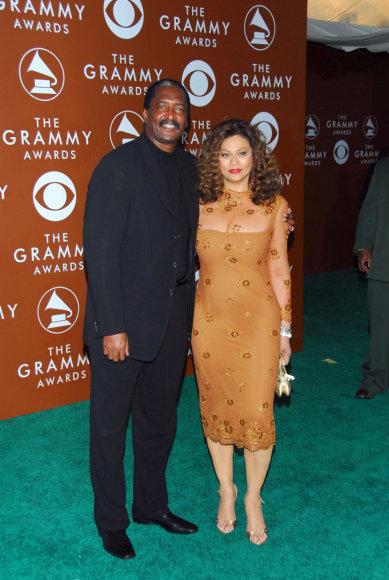 Vida Press nuotr./Beyonce tėvai Mathew Knowlesas ir Tina Knowles (2006 m.)