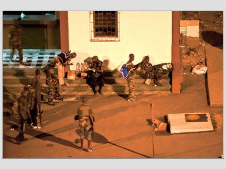 Užimama valstybinė Dramblio Kaulo Kranto televizija