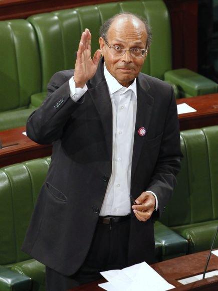 Moncefas Marzouki Konstitucinėje Asamblėjoje buvo išrinktas Tuniso prezidentu