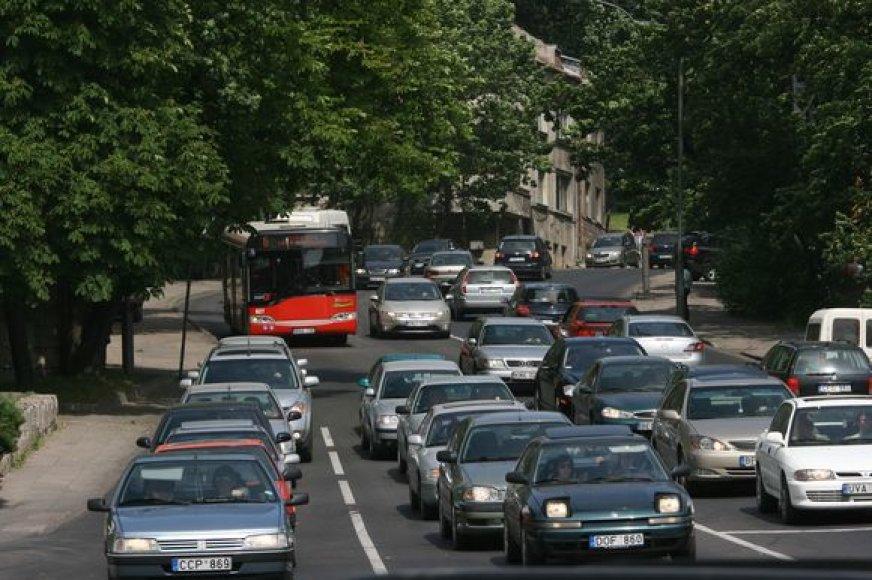 parodos1Kai kurie transporto specialistai abejoja, ar autobusus pakeitę troleibusai sumažins taršą ir spūstis Kauno miesto centre.