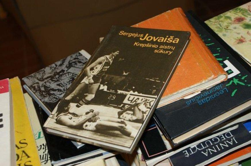 Šiuo metu paklausios net senos knygos apie krepšinį.