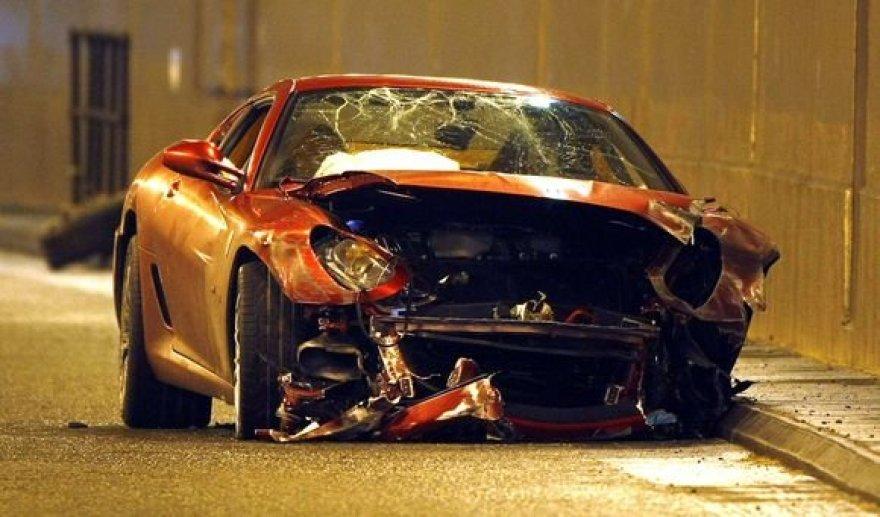 "Asociatyvinė nuotr./""Ferrari"" avarija"