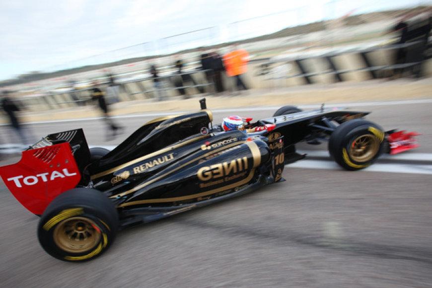 """Lotus Renault"" bolidas R30"