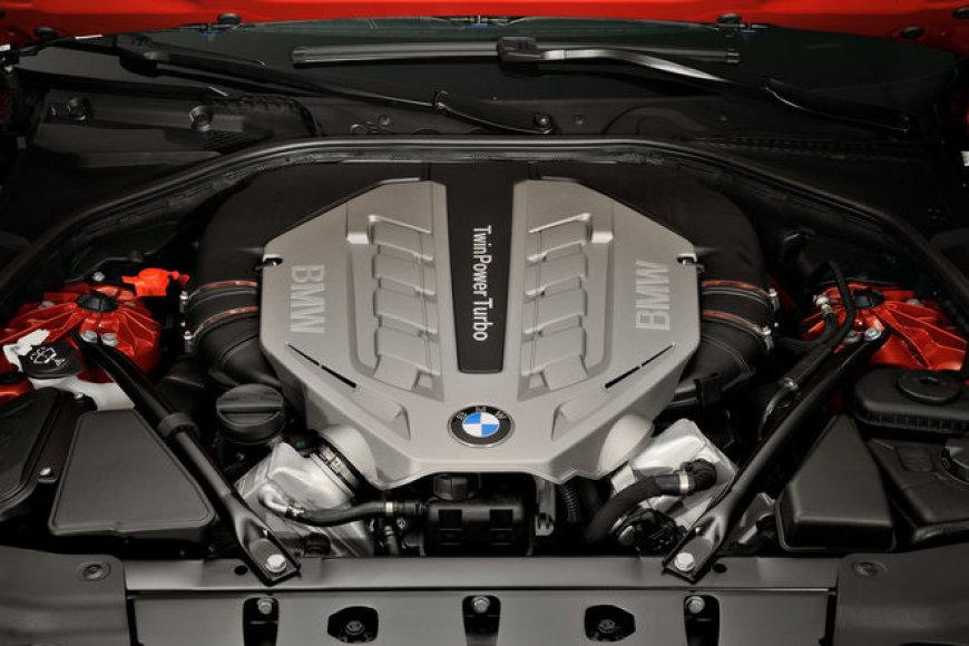 Naujasis 6-os serijos BMW