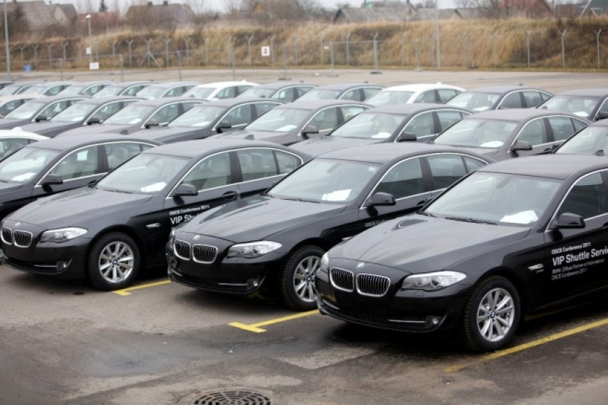 ESBO sesijos dalyviams skirti automobiliai