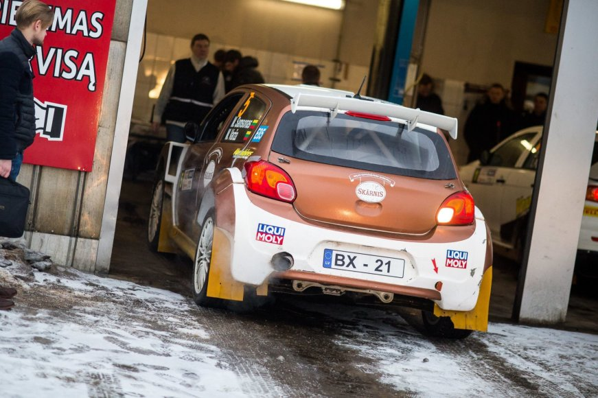 """Halls Winter Rally"" nuotr./""Halls Winter Rally 2017"" techninė komisija"
