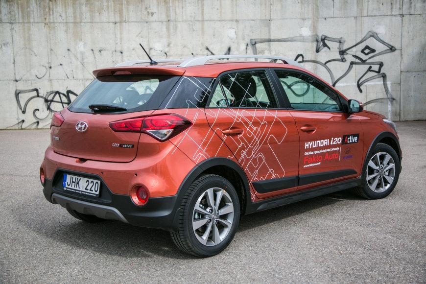"""Juliaus Kalinsko / 15min nuotr./""""Hyundai i20 Active"""""""