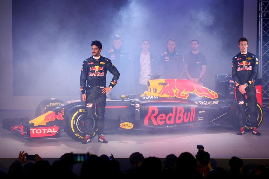"""""""Red Bull"""" nuotr. /""""Red Bull Racing"""" 2016-ųjų formulės pristatymas"""