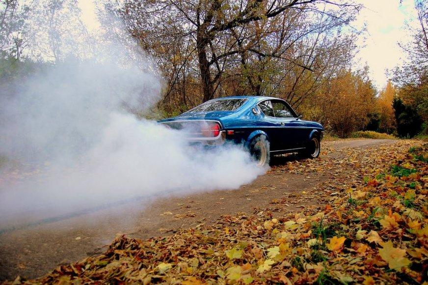 """""""Mazda RX-4"""""""