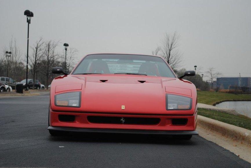 """Kokybiška """"Ferrari F40"""" kopija"""