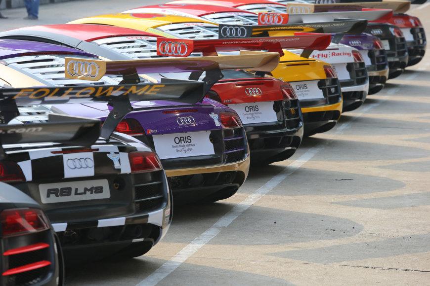 """""""Audi R8 LMS"""" automobiliai"""