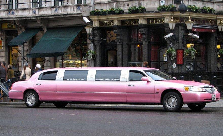 """""""Lincoln Town Car"""""""