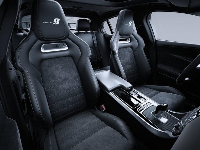 """""""Jaguar"""" nuotr./""""Jaguar XE SV Project 8"""""""