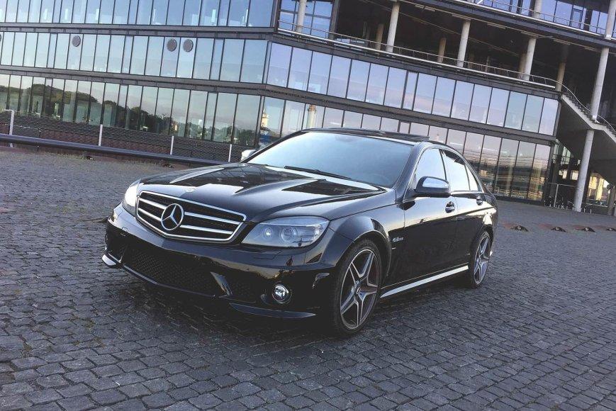 """Mercedes-Benz C63 AMG"""