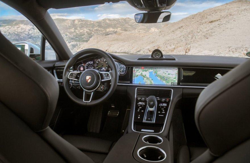"""Porsche"" nuotr./""Porsche Panamera 4 E-Hybrid Sport Turismo"""