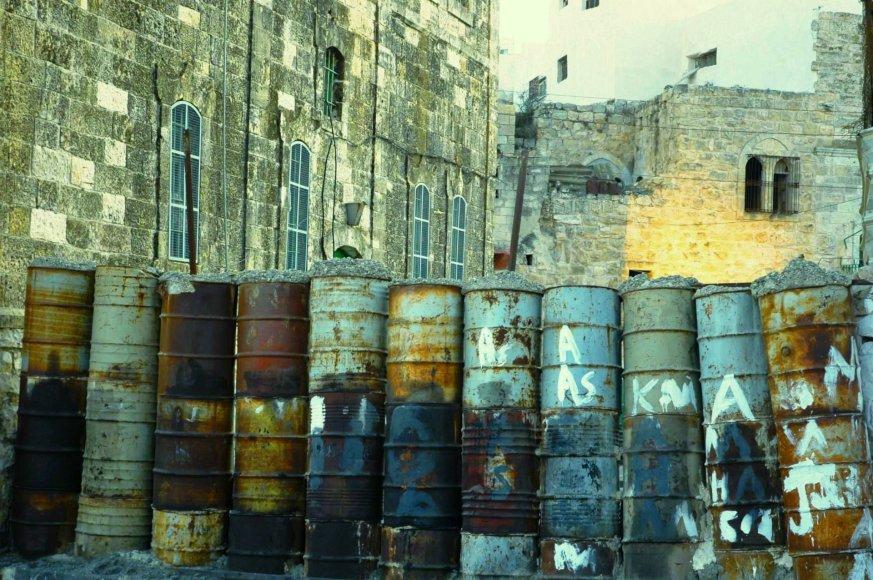 Gabrielės Tervidytės nuotr./Užtvara Hebrono mieste tarp nausėdijos ir likusio senamiesčio