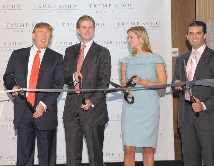 Donaldo Trumpo šeima (iš kairės): Donaldas Trumpas, Ericas Trumpas, Ivanka Trump ir Donaldas Trumpas jaunesnysis