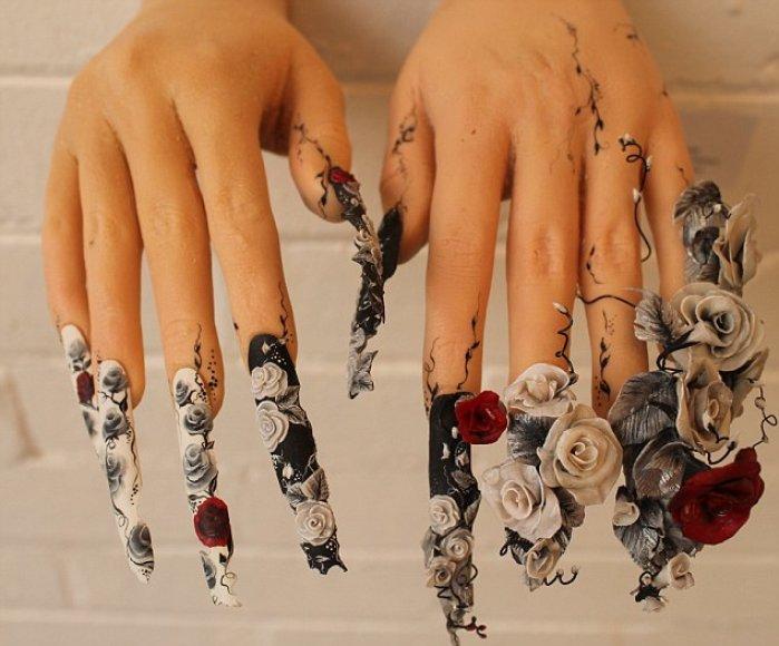 Sam Bidle nagų tapybos kūrinys