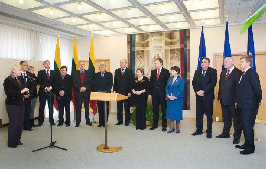Seime atstovaujamos politinės partijos pasirašė susitarimą dėl Lietuvos pirmininkavimo ES Tarybai 2013 m. II pusmetį