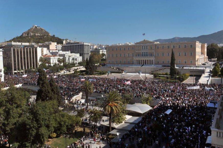 Protestuotojai susirinko prie Graikijos parlamento