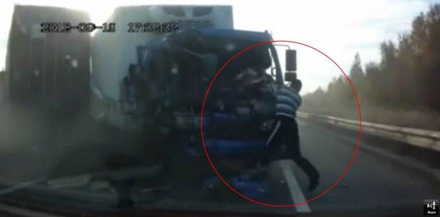 Krovininių automobilių avarija Rusijoje