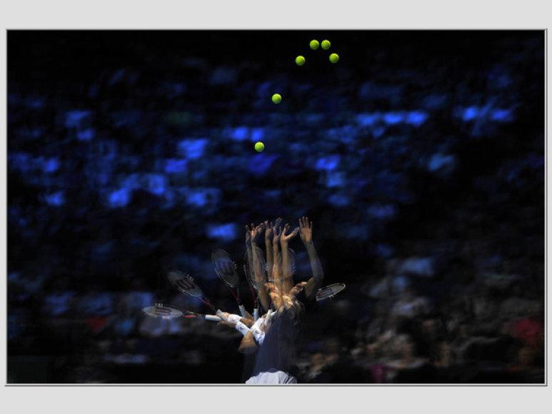 Rogerio Federerio padavimo foto akimirkos