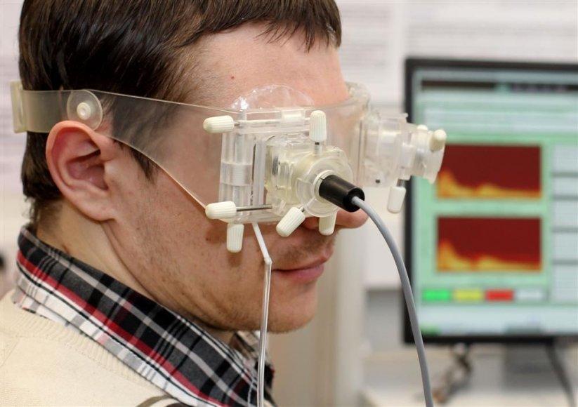 Galvospūdį neinvaziniu būdu matuojantis prietaisas
