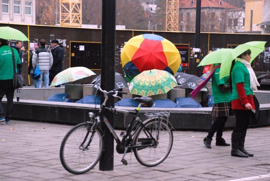 """Akcija """"Lįsk po mano skėčiu"""""""